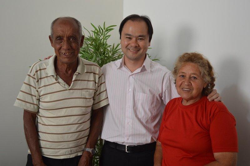 Jorge Pedroso de Jesus, Eduardo Yamaya e Maria Aparecida dos Santos, na sede do IPMI