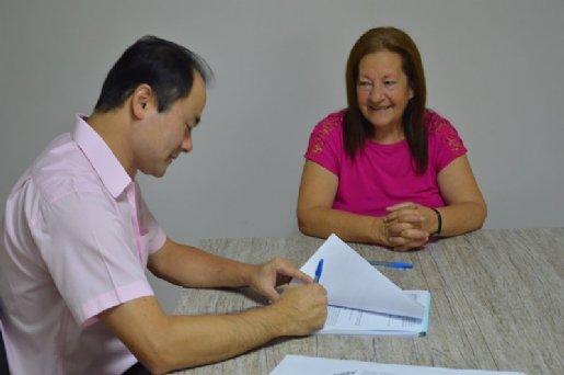 Ex-servente relata apoio do IPMI para a conquista da sua aposentadoria